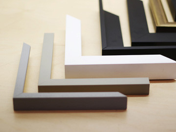 We have thousands of frame mouldings available to complement your chosen frame style, including natural wood frames and aluminium frames. Also, we offer a variety of finishing services from sprayed, hand-stained and natural waxes to pre-finished satin and veneer as well as gilding styles.