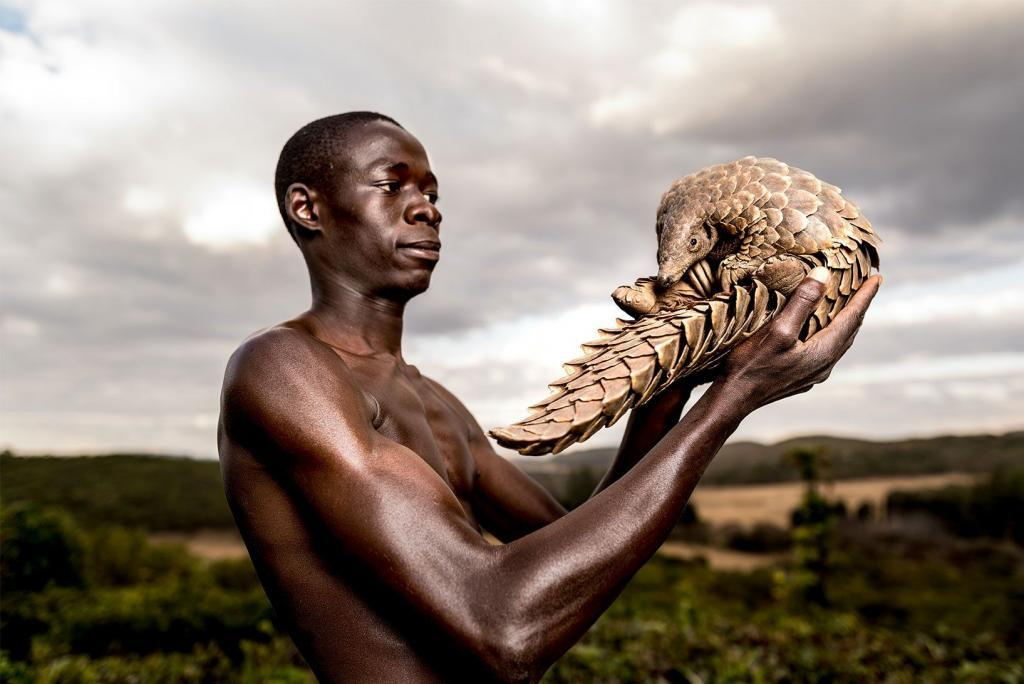 Next week Leica Studio Mayfair will host the book launch and corresponding exhibition for the poignant series Photographers Against Wildlife Crime. This collective body of work will feature a selection of fine art giclée prints produced with the team here Metro Imaging. Founded by Britta Jaschinski and Keith Wilson, Photographers Against Wildlife Crime™ are an international group of […]